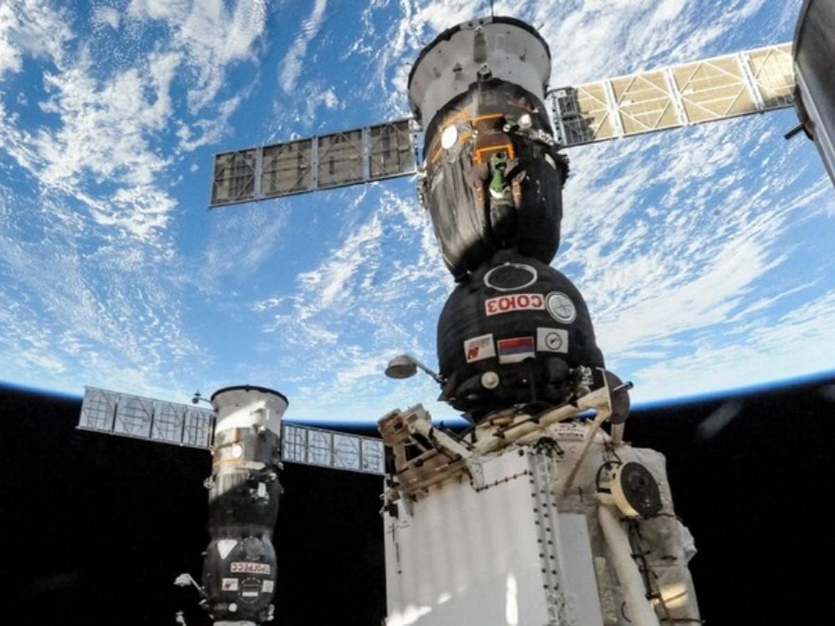 В NASA ответили на обвинения в просверливании отверстия на МКС