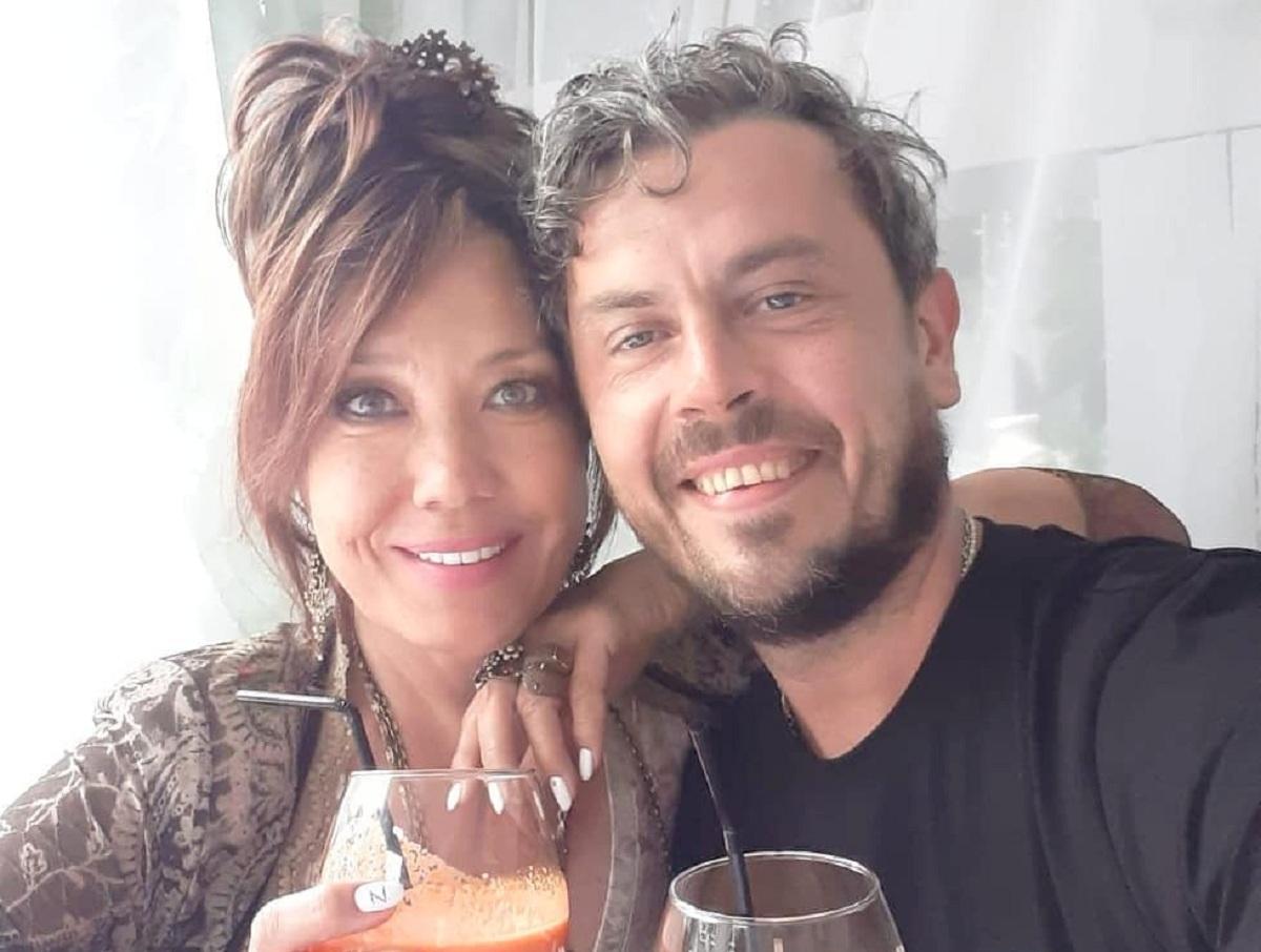 Певица Азиза вышла замуж за итальянца на 20 лет моложе ее