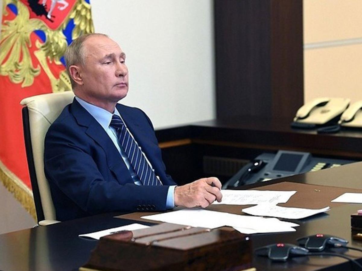 Путин 10 тысяч пенсионерам