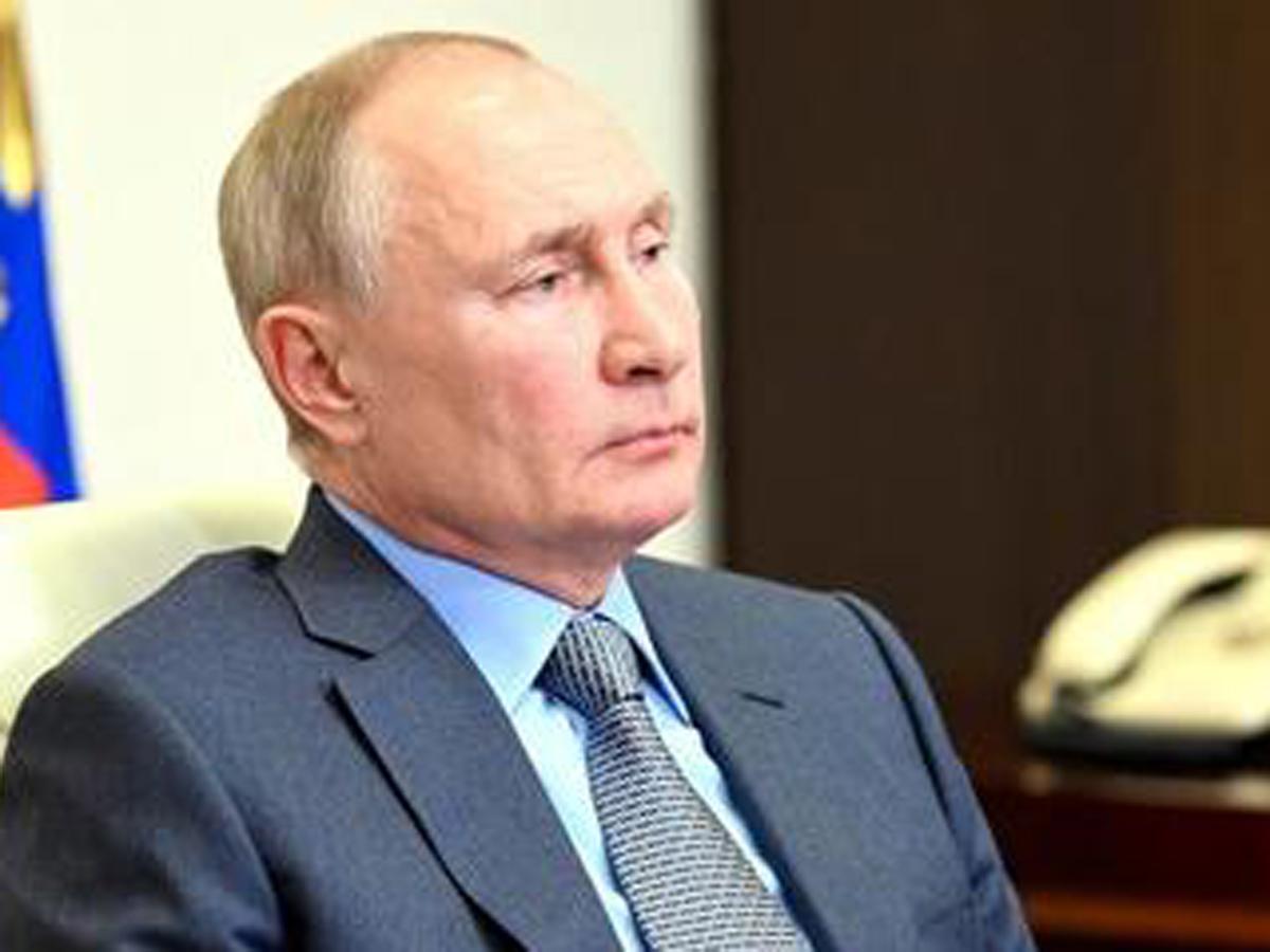Путин уволил 5 генералов МВД