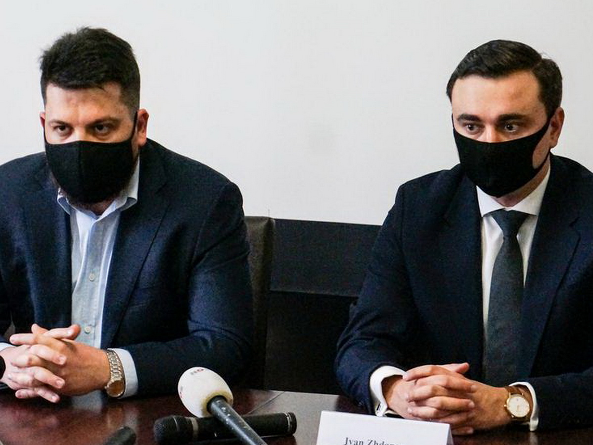 Жданов и Волков