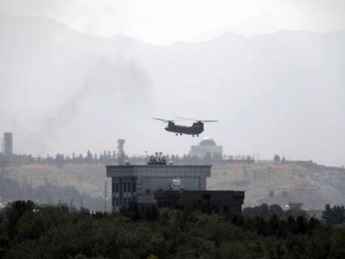 Американские военные сбежали из Кабула после его мирной сдачи