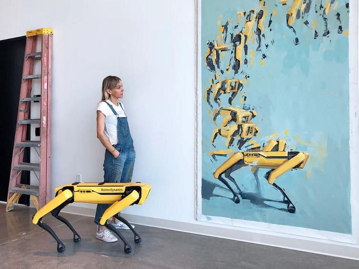 Польская художница рисует классические картины в соавторстве с робопсом