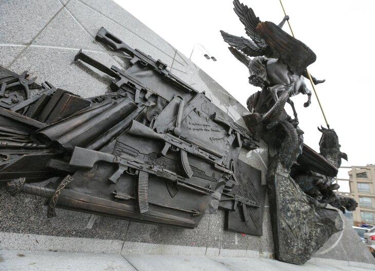 Самые известные памятники с ошибками