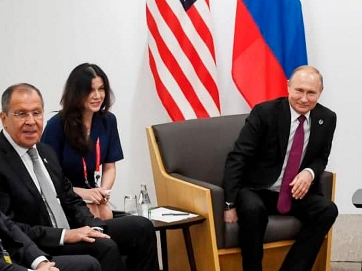 """Преподаватель """"красивой переводчицы Путина"""" рассказала о своей ученице"""