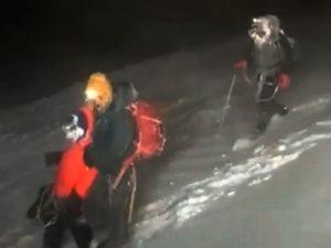 На вершине Эльбруса погибли три альпиниста