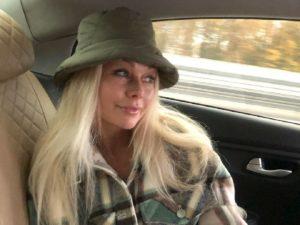 СМИ выяснили, куда пропала звезда «Бедной Насти» Елена Корикова