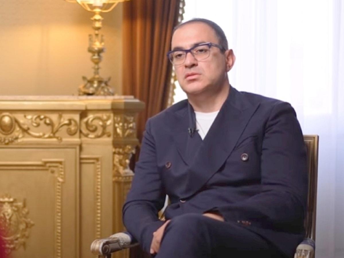 «Плевать я хотел на них»: Гарик Мартиросян открестился от коллег-комиков