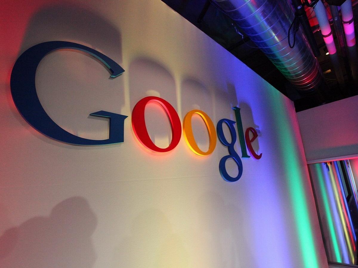 В московский офис Google пришли судебные приставы