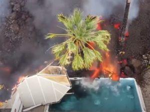 Видео с лавой вулкана, «пожирающей» остров Пальма, разошелся по Сети