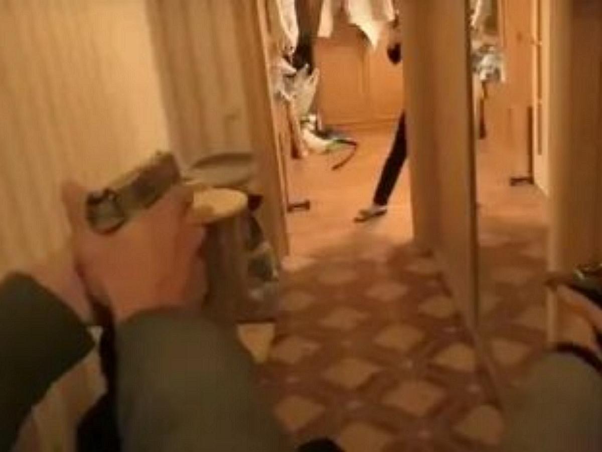 Сотрудника КГБ застрелили в Минске при штурме квартиры