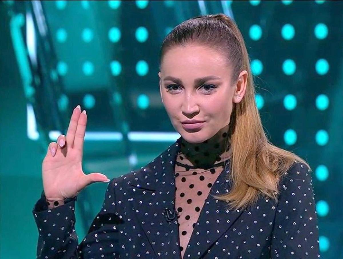 «А потом в Госдуму?»: Ольга Бузова насмешила Сеть желанием учиться в МГУ