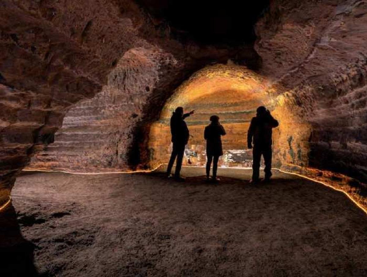 Ученые нашли на Гибралтаре пещеру, закрытую 40 тысяч лет назад