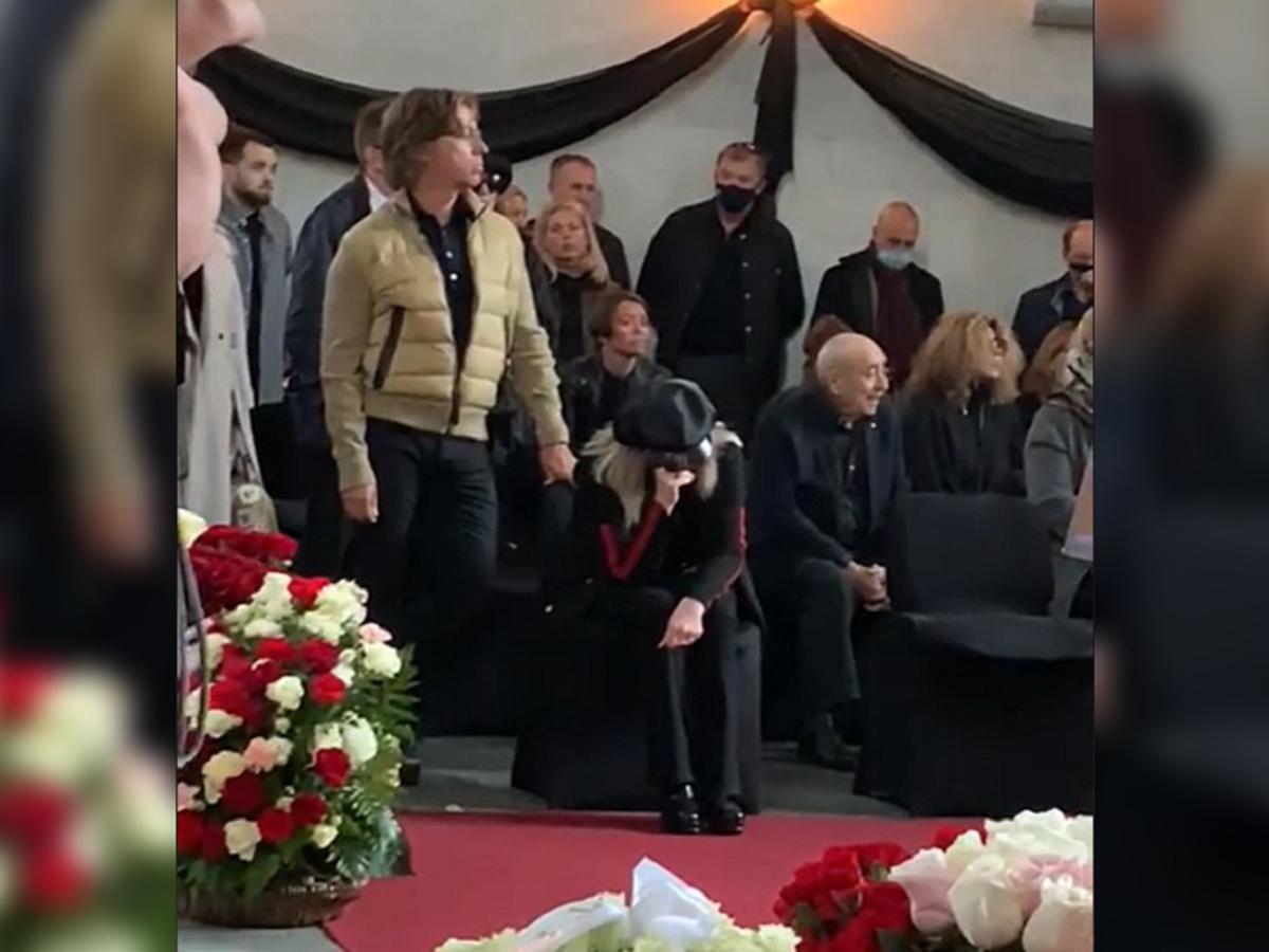 Алла Пугачева похороны Бориса Краснова