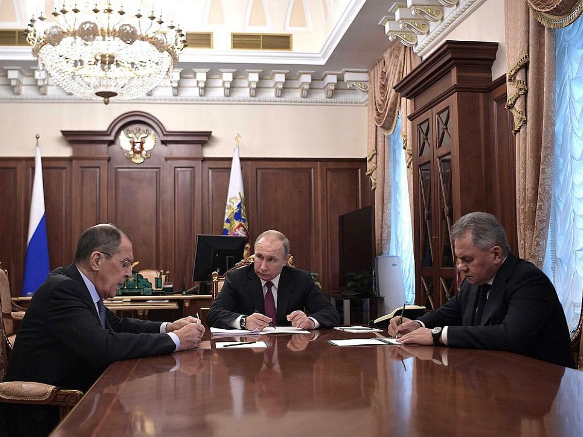 «Жалко»: Путин высказался о возможном уходе Лаврова и Шойгу в Госдуму
