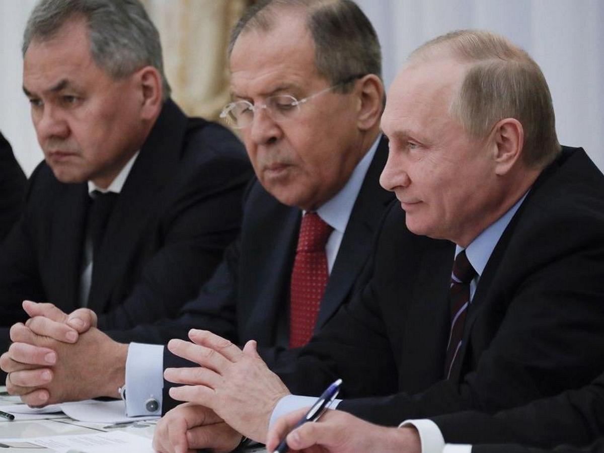 Караулов озвучил версию транзита власти после выборов в Госдуму