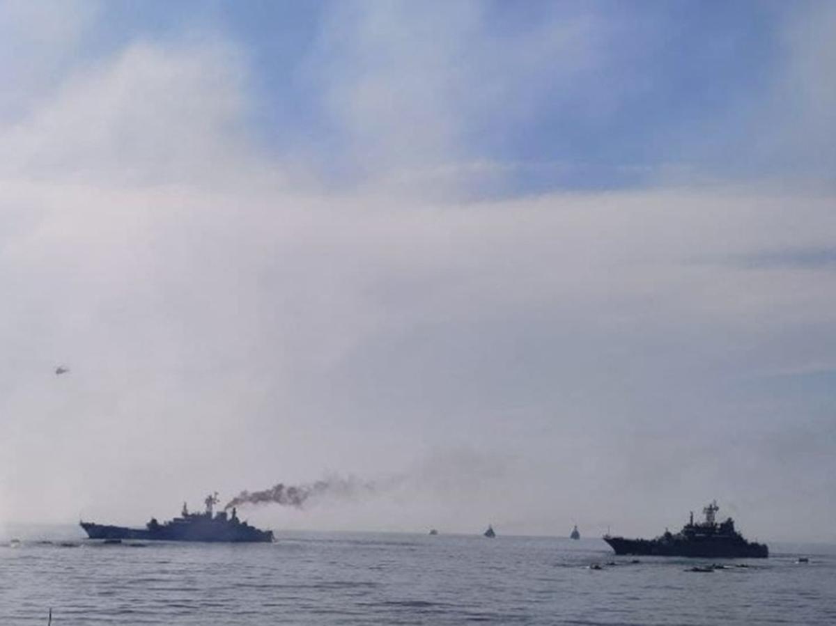 Корабли РФ в территориальных водах Польши