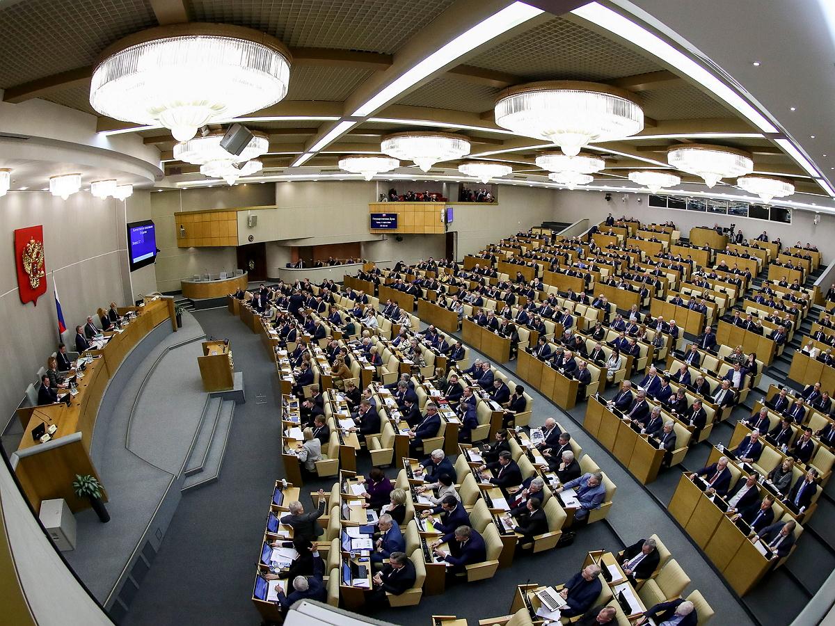 В Госдуме рассмотрят снятие запрета для губернаторов избираться на более чем два срока