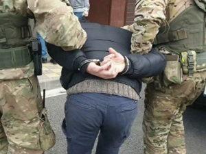 ФСБ задержала группу экстремистов на Урале: мигрантов склоняли к терроризму