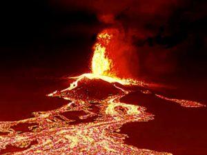 Цунами из горящей лавы накрыло остров Пальма