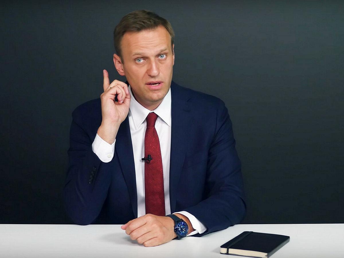 Навальный поздравил Муратова c присуждением ему Нобелевской премии мира