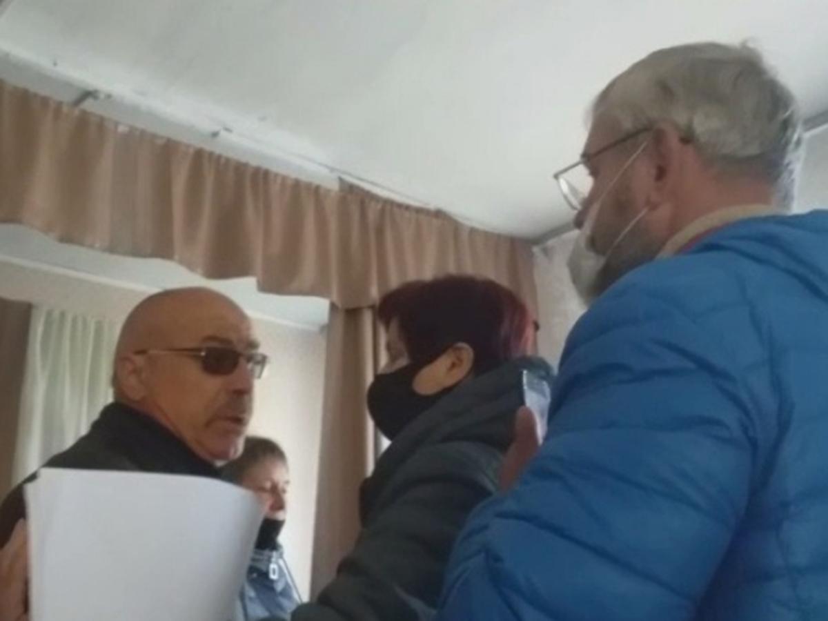 Депутат Виталий Боев