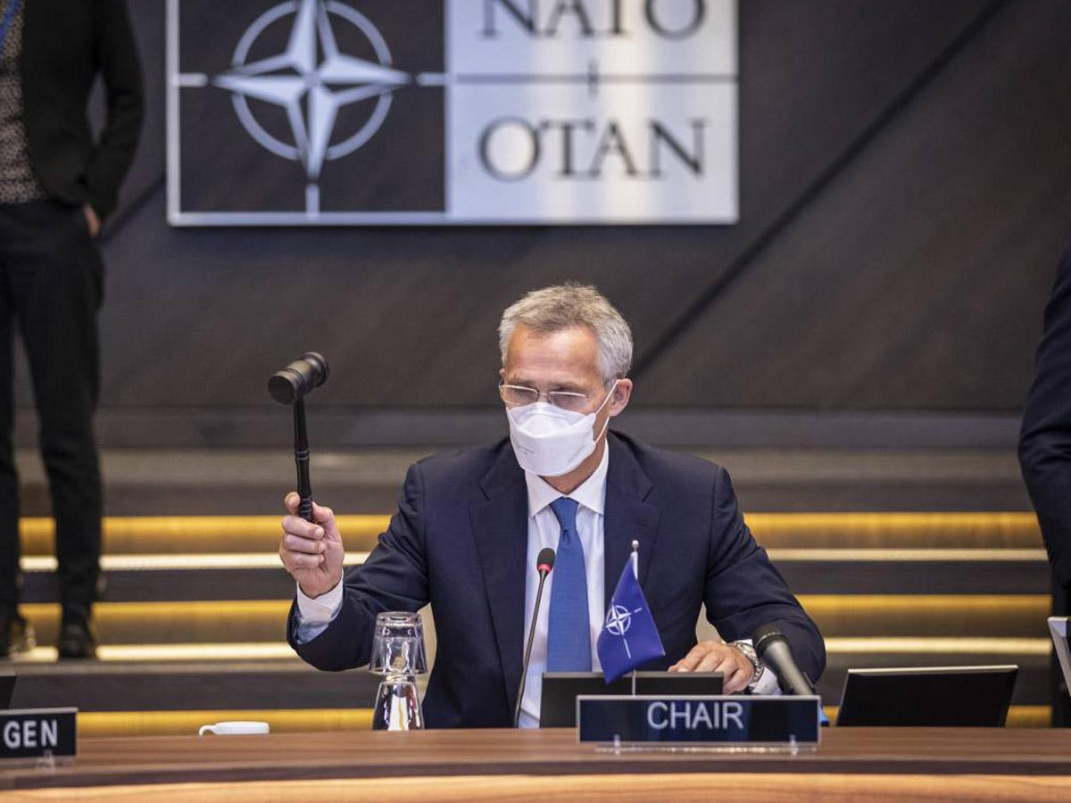 Генсек НАТО о высылке дипломатов