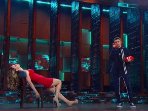 Пародия на Лещенко в шоу Игра
