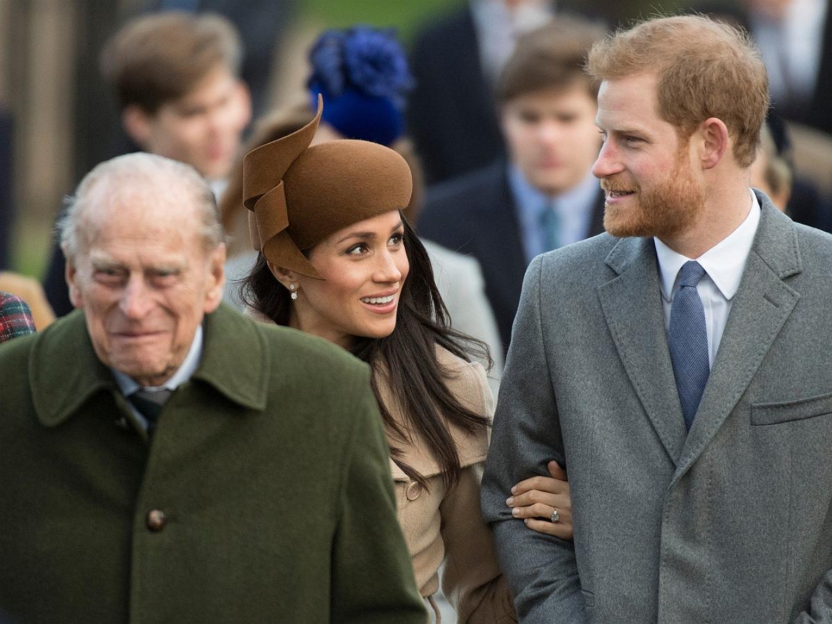 Принц Филипп исключил принца Гарри и Меган Маркл из списка наследников