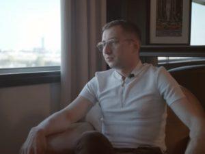 «Все знали об этом, но никто не видел»: первое интервью Сергея Савельева, выкравшего архив с пытками у ФСИН