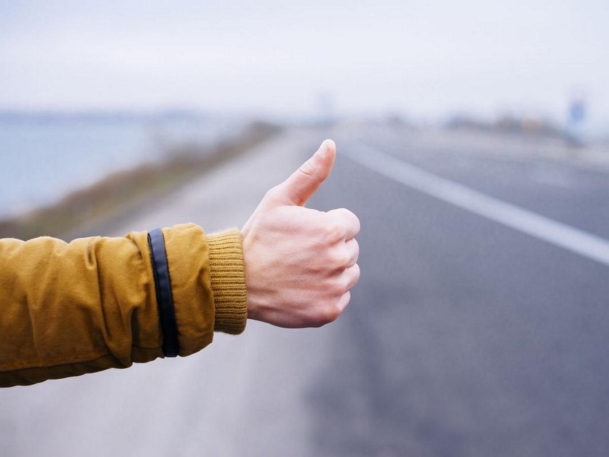 Автостопщики из Москвы попали в рабство в Дагестане по пути в Крым