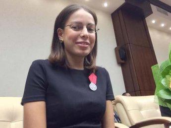 Фото Кристины Попутчик с сумкой денег в администрации президента озадачило блогеров