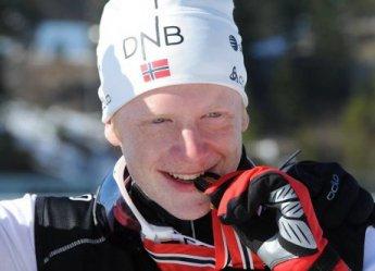 Российские биатлонисты остались без медалей в спринте на Кубке мира