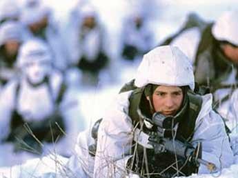 Шойгу: Мы готовы отстаивать наши интересы в Арктике вооруженным путем