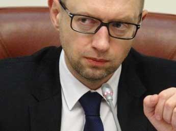 Яценюк пригрозил направить фильм «Крым. Путь на родину» в Гаагский суд
