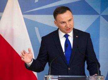 Польский президент узаконил снос советских памятников в стране