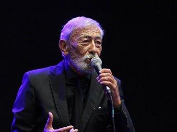 СМИ заподозрили Кикабидзе, что он пел в Питере на коронации вора в законе