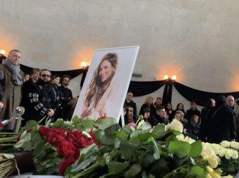 Юлию Началову похоронили в один день с режиссером Марленом Хуциевым в 30 метрах друг от друга