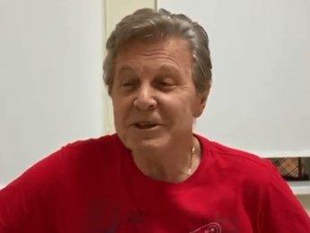Зараженный коронавирусом Лев Лещенко спел песню