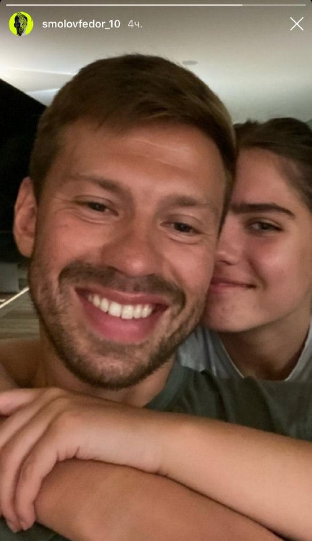 СМИ: футболист Федор Смолов женится на 17-летней внучке Ельцина