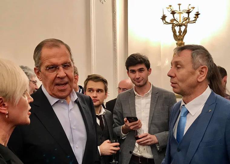 Фото с закрытого корпоратива в МИД РФ с Лавровым и Захаровой появились в Сети