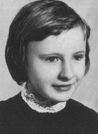 Буду рожать для себя: Федосеева-Шукшина раскрыла правду о рождении старшей дочери писателя