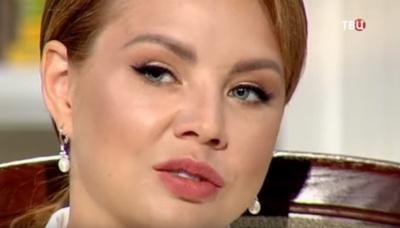 Перекроившая c помощью пластики лицо певица МакSим шокировала, изменившись до неузнаваемости (ВИДЕО)