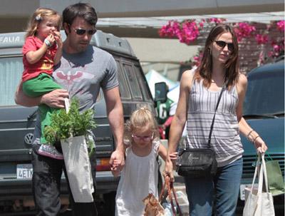 Бен Аффлек и Дженнифер Гарнер ждут третьего ребенка в 2019 году