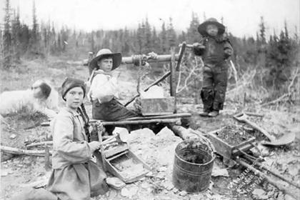 Грету Тунберг обнаружили на фото 120-летней давности