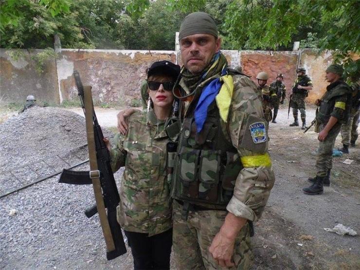 ВГрузии ранена националистка, воевавшая вДонбассе настороне Украины