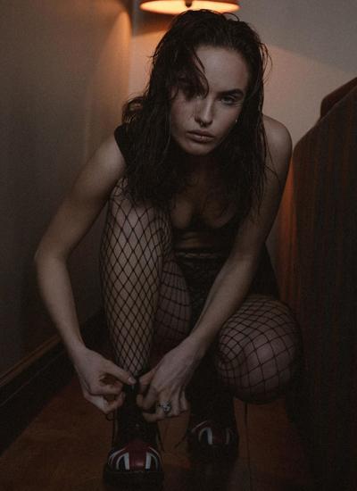 В Сеть попали непристойные фото 19-летней дочки Гузеевой