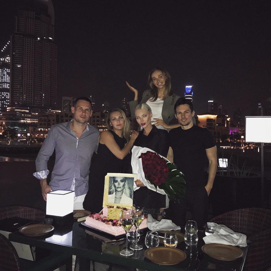 Все сложно: экс-жена Тимати раскрыла свои отношения с Павлом Дуровым, выложив совместное фото