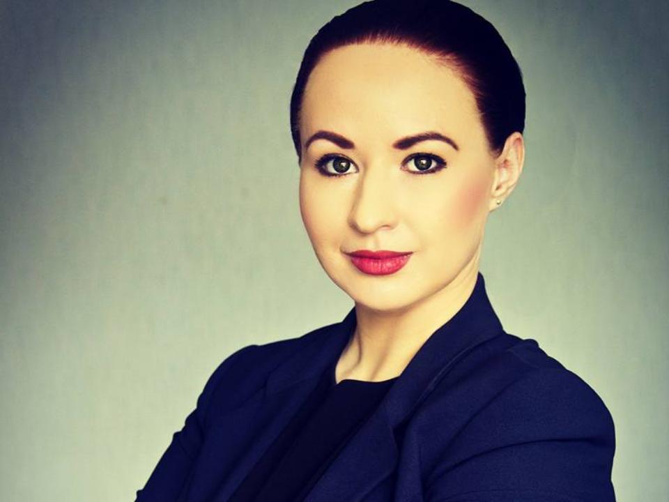 В Усть-Илимске на выборах мэра победила 28-летняя домохозяйка, обошедшая единоросса