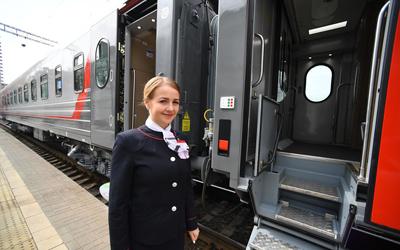 РЖД показал новый вагон с душем и холодильником (ФОТО, ВИДЕО)